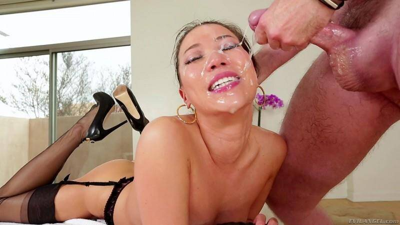 EvilSex: Kalina Ryu, Jonni Darkko - Hard Deep Throat [SD] (230 MB)