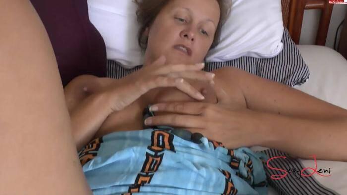 �razy Dirty Sex - Leni - Geiler Urlaubsfick mit Fotzenbesamung (Amateur) [FullHD, 1080p]