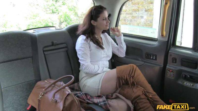 FakeTaxi/FakeHub - Madlin Moon - Hot minx returns for rough anal [2016 SD]