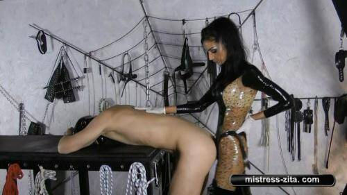 Mistress Zita - Strapon and boots lick [HD, 720p] [Mistress-Zita.com] - Strapon
