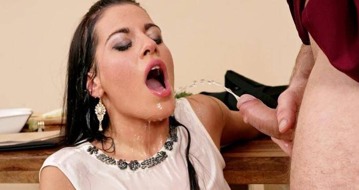 PIA - Eveline Dellai wants to know the secret ingredient (Pissing) [HD, 720p]