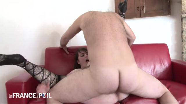 NudeInFRANCE, LaFRANCEaPoil - BBW young 22 yo brunette double teamed and fisted [HD, 720p]