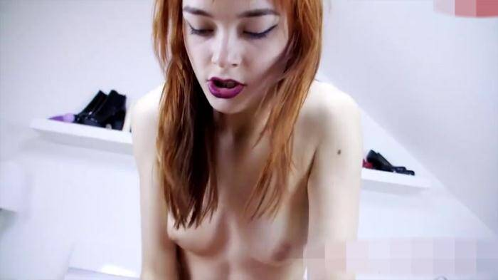 �razy Dirty Sex - Aurora - Umzugshelfer vernascht! (Amateur) [HD, 720p]
