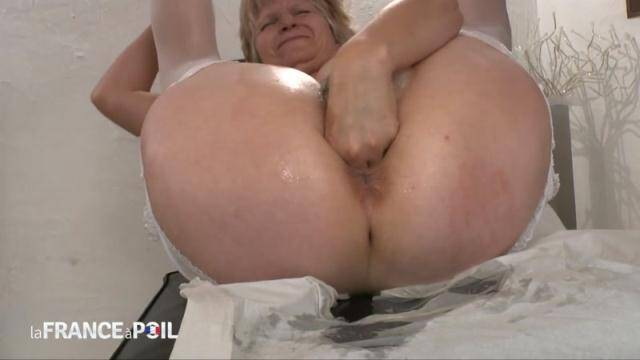 NudeInFRANCE, LaFRANCEaPoil - FFM a chubby mom fisted and jizeed at the gynecologist [HD, 720p]