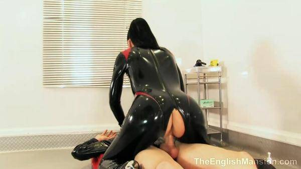 Eng Mansion: Rubber Fetish Sex (01.03.2016/HD)