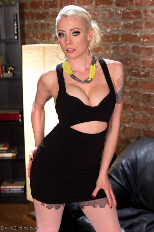 D1v1n3B1tch3s.com/Kink.com - �Lorelei Lee� - Slave in Heaven Part 3: New York  [SD 540p]