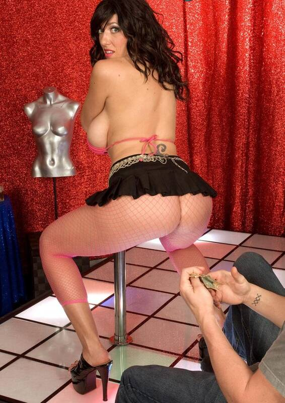 Porn Load - Alia Janine - Topheavy Pole Slider  [HD 720p]