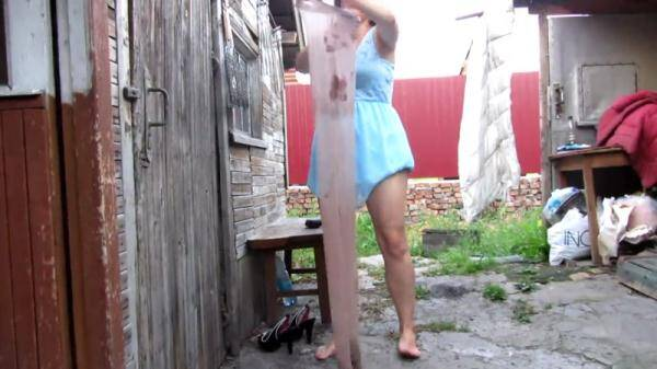 Russian slim girl in stockings scat and then dress them - Outdoor Scat (FullHD 1080p)