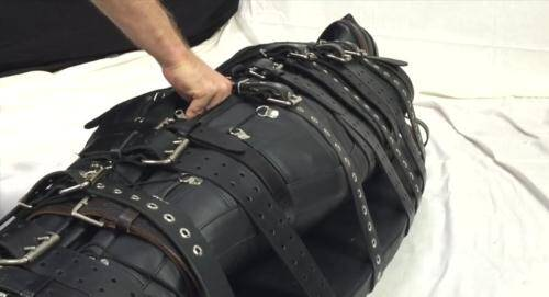 Bound with 20 belts and made to cum in a leather s [HD, 720p] [ReflectiveDesire.com] - Latex, Rubber