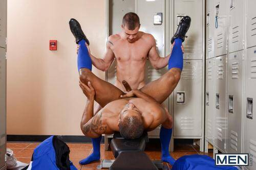 Football DL Part 2 - Darin Silvers, Robert Axel [HD, 720p] [DrillMyHole.Com/Men.com] - Gay