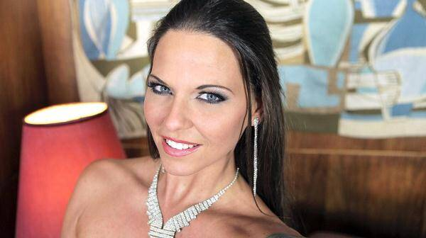 Hardcore Gang Bang Legend Simony Diamond In an Exclusive Interview [HD 720p]