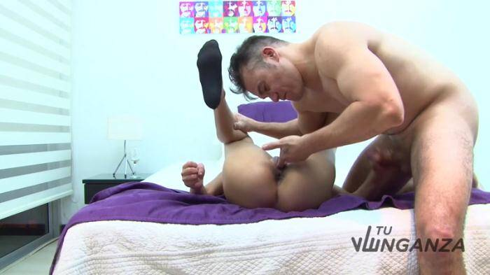 TuVenganza: Busty Latina loves the taste of freshly oozed sperm (HD/720p/633 MB) 13.03.2016