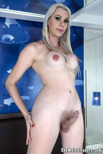 SheMaleStrokers.com [Gabriela Rodrigues - Blonde Brazilian Trans Girl Needs A Papi To Fill Her Up!] FullHD, 1080p