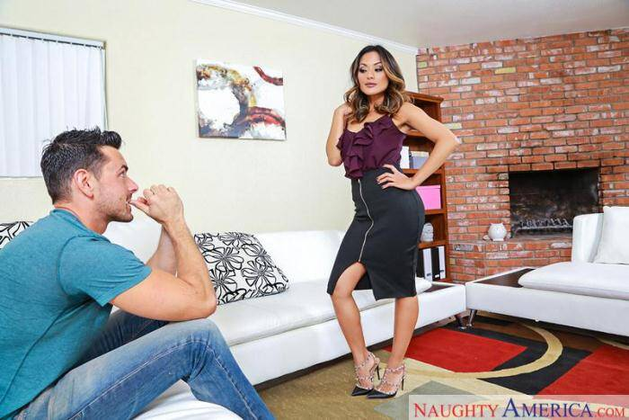 Pornostars - Kaylani Lei - Hot Milf (Asian) [SD, 360p]