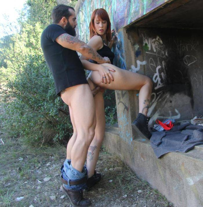 Chicas Porn - Lilyan Red - Spanish redhead teen Lilyan Red in outdoor sex  [SD 480p]