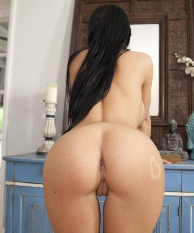 BangBros: Rebeca Linares, Gracie Glam - Super Asses with Rebeca Linares and Gracie Glam  [HD 720p]  (Threesome)