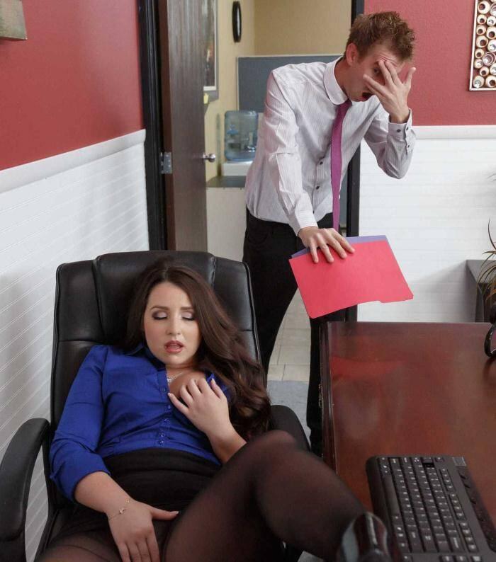 Brazzers: Lola Foxx