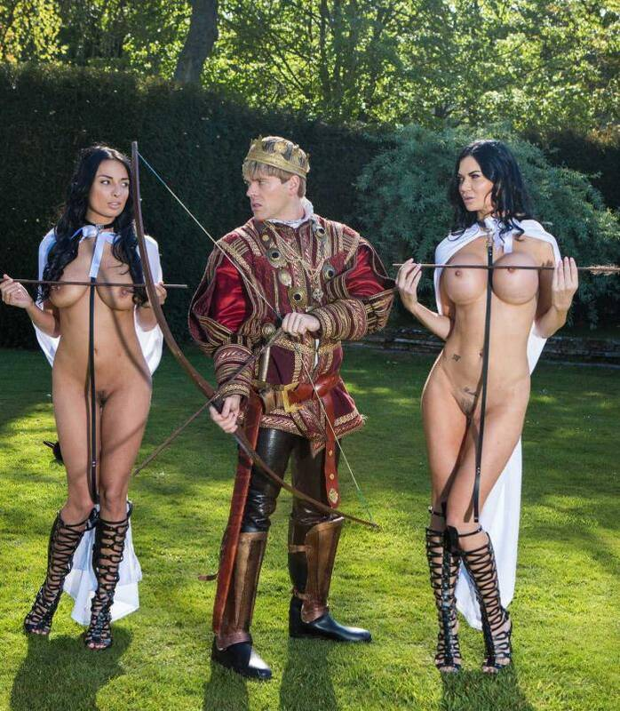 Brazzers: Anissa Kate, Jasmine Jae - Storm Of Kings: Part 1  [SD 480p]  (Threesome)