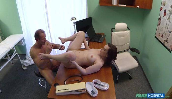 Jessica Diamond - Patient Has a Pussy Check Up 368p