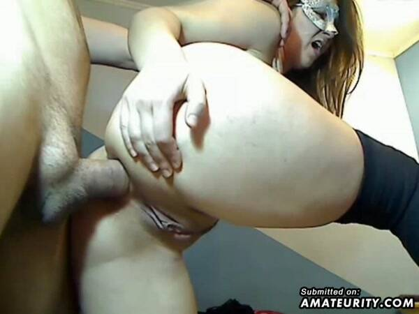 Amateur Porn - Masked Amateur Girlfriend Anal Action With Creampie (Amateur) [SD, 480p]