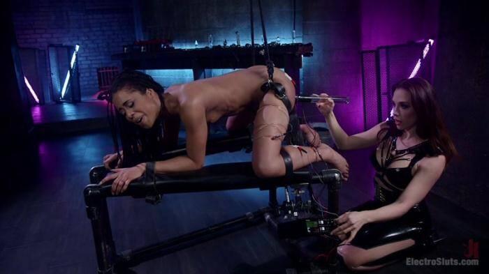 3l3ctr0Sluts.com - Chanel Preston Electro Initiates Kira Noir! (BDSM) [HD, 720p]