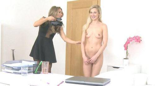 [Agent Fucks Shy Blonde with Dildo] SD, 368p