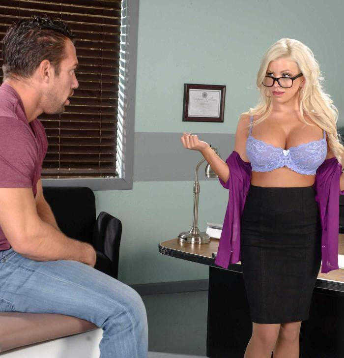 Brazzers: Savannah Stevens - Like What You See?  [SD 480p]  (Big Tits)
