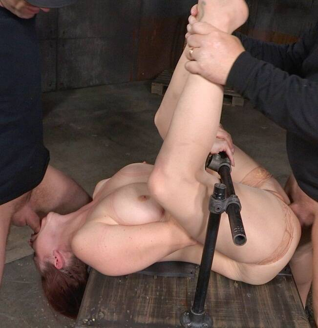 SexuallyBroken.com - Bella Rossi - Busty Bella Rossi BaRS show grand finale with strict metal bondage and epic 3 cock dickdown!  [HD 720p]