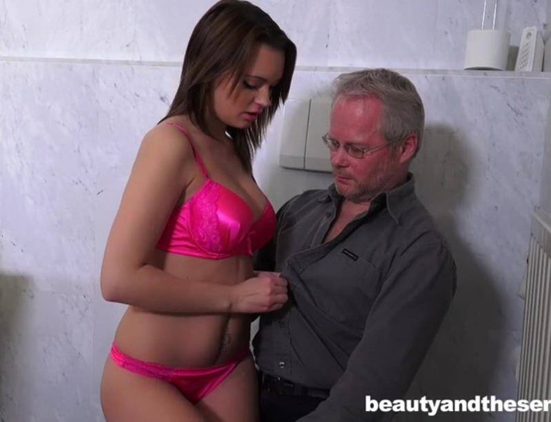BeautyAndTheSenior - Emily Thorne - Beauty And The Senior [2016 SD]