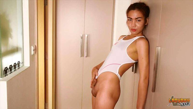 ladyboy xxx - Feel - Feels Good! (Apr 6, 2016) [HD]