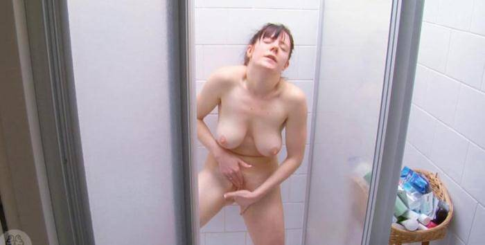Piss Video: Samantha-Jane - Samantha-Jane Intimate Moments (FullHD/1080p/319 MB) 07.04.2016