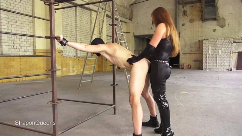 StraponQueens.com: Queen Lissandra - Dutch Slave [FullHD] (372 MB)