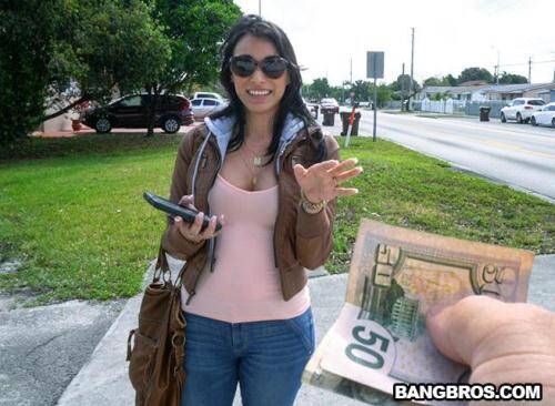 [Jessi and her Bangin� Ride through Hialeah] SD, 480p