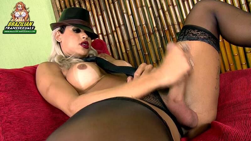 [Brazilian-Transsexuals] Rafaella Ferrari - Solo - update 06.04.2016 [HD]