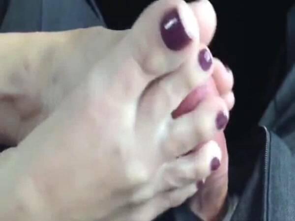 Amateur Footjob With Cumshot [Home Porn] 480p