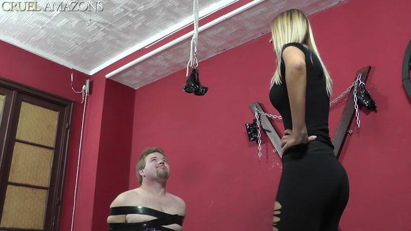 Cruel Amazons - Mistress and her Slave in Show Her Both Cheeks [HD]