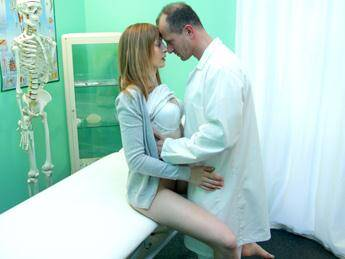 Luca - Doctor creampies sexy tight pussy [SD] [252 MB]