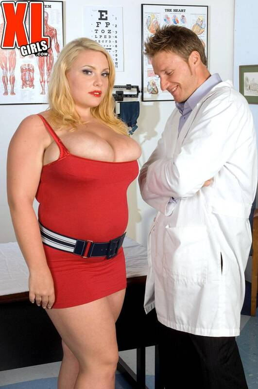 Pornmegaload: Scarlett Rouge - Breast Experiment  [HD 720p]  (BBW)