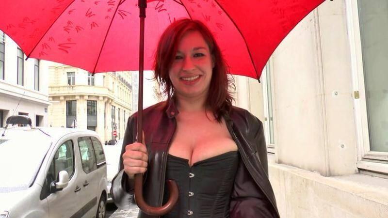 JacquieEtMichelTV/Indecentes-Voisines - Elodie - Elodie, 21ans, dOrleans ! [2016 SD]