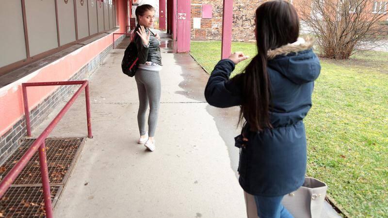 PublicPickUps/Mofos - Eveline Dellai - Euro Chick Flashes Ass for Cash [2016 SD]