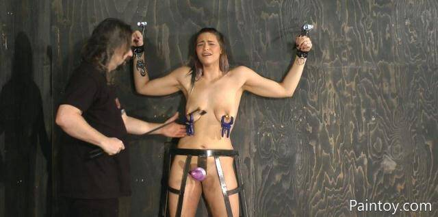 Paintoy - Kiki Sweet - Kiki Comes Back For More Paintoy Fun [FullHD, 1080p]