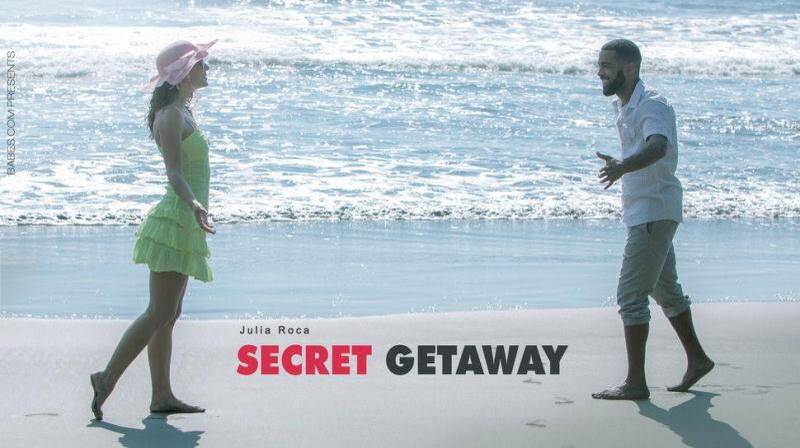 Julia - Secret Getaway [SD] (121 MB)