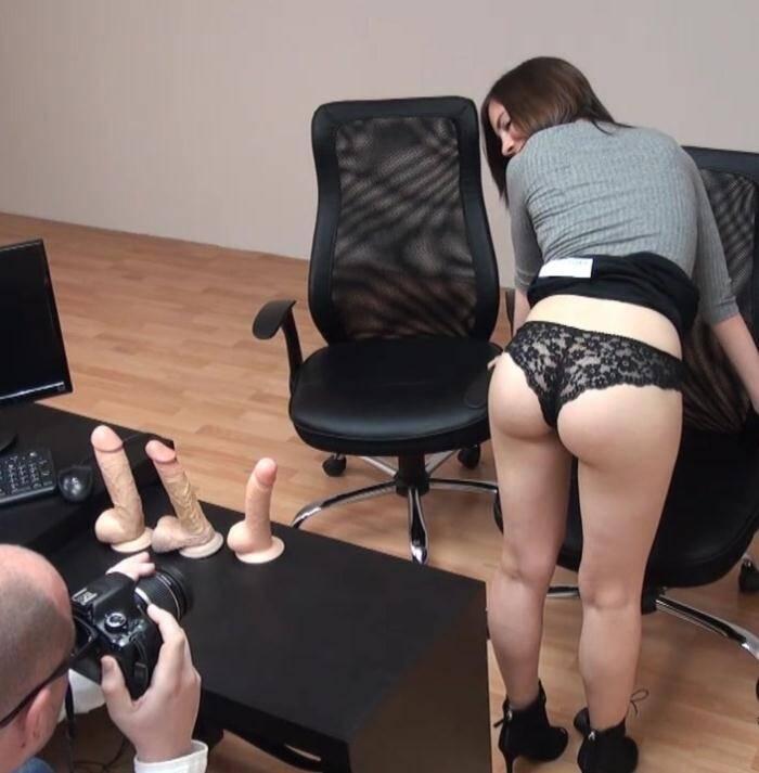 F@King - Arantxa Rey,Animal - Teen de 20 anos quiere ser webcamer. Odia el porno por motivos personales. Tus huevos en su boca?  [HD 720p]