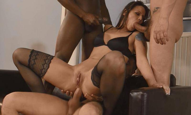 SIMONY DIAMOND - Anal Group sex with DP [HD]