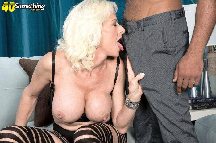 Horny, filthy ass-fucked MILF 1080p