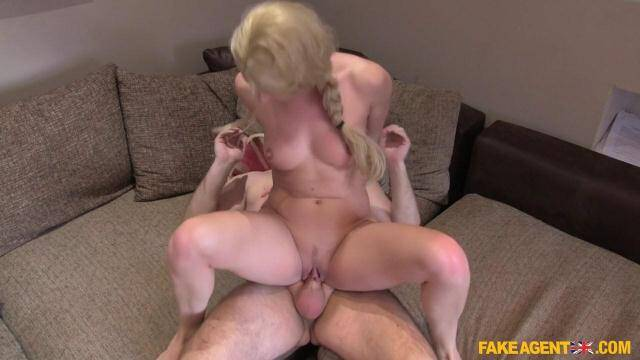 Jasmine - Hard pussy fucking for hot amateur [SD, 480p]