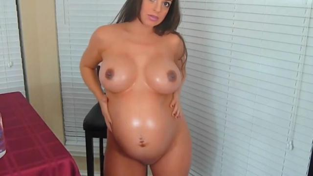 Clips4sale - Lacy Luck - Sexy Preggo in Body Oil [HD, 720p]