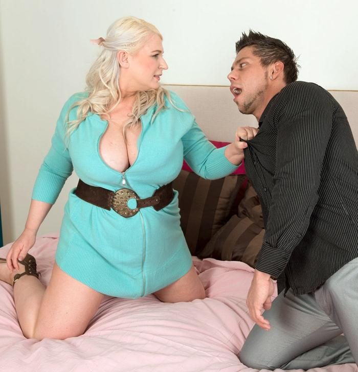Pornmegaload: Samantha Sanders - A View To A Shag  [HD 720p]  (BBW)
