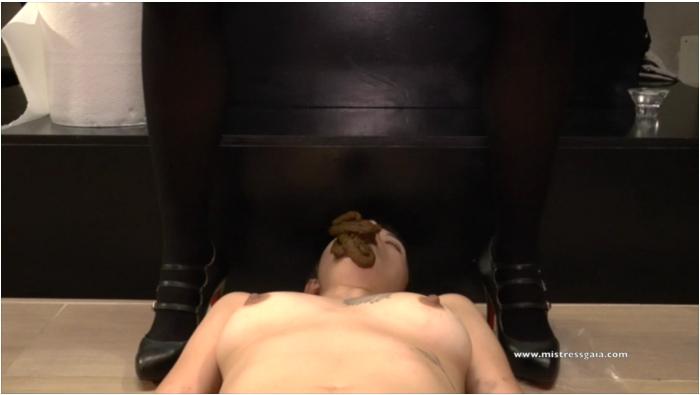 MistressGaia: Mistress Gaia - Pantyhose nylon shit  [FullHD 1080 211 MB]  (�Scat, Italia)