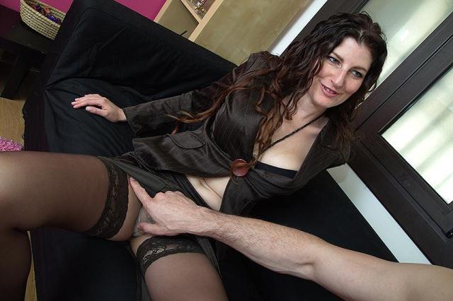 love-moms.com, mature.nl - Sabrina Deep (36) [SD, 406p]